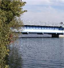Brücke Kühlwasserentnahmepfeiler MVA-Wels